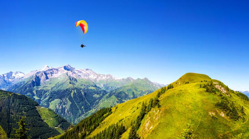 Tandem Paragliding around Innsbruck
