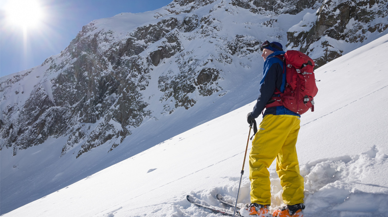 Backcountry Skiing, Ski Touring & Snowboarding in Chamonix