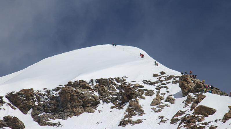 Climb Jungfrau 4158m Rottal Saddel from Grindelwald